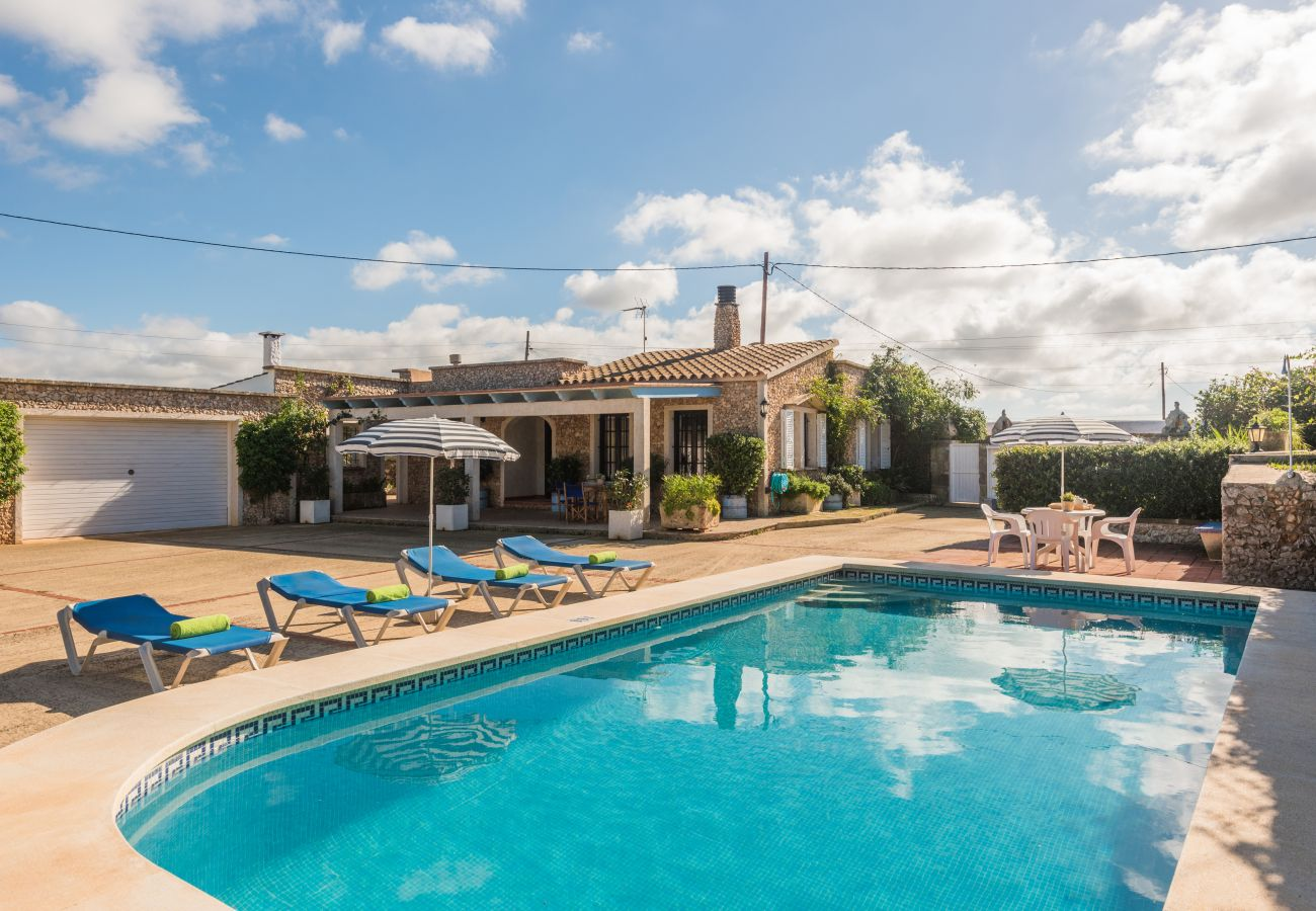 Full views of the holiday villa Sa Canova in Ciutadella de Menorca