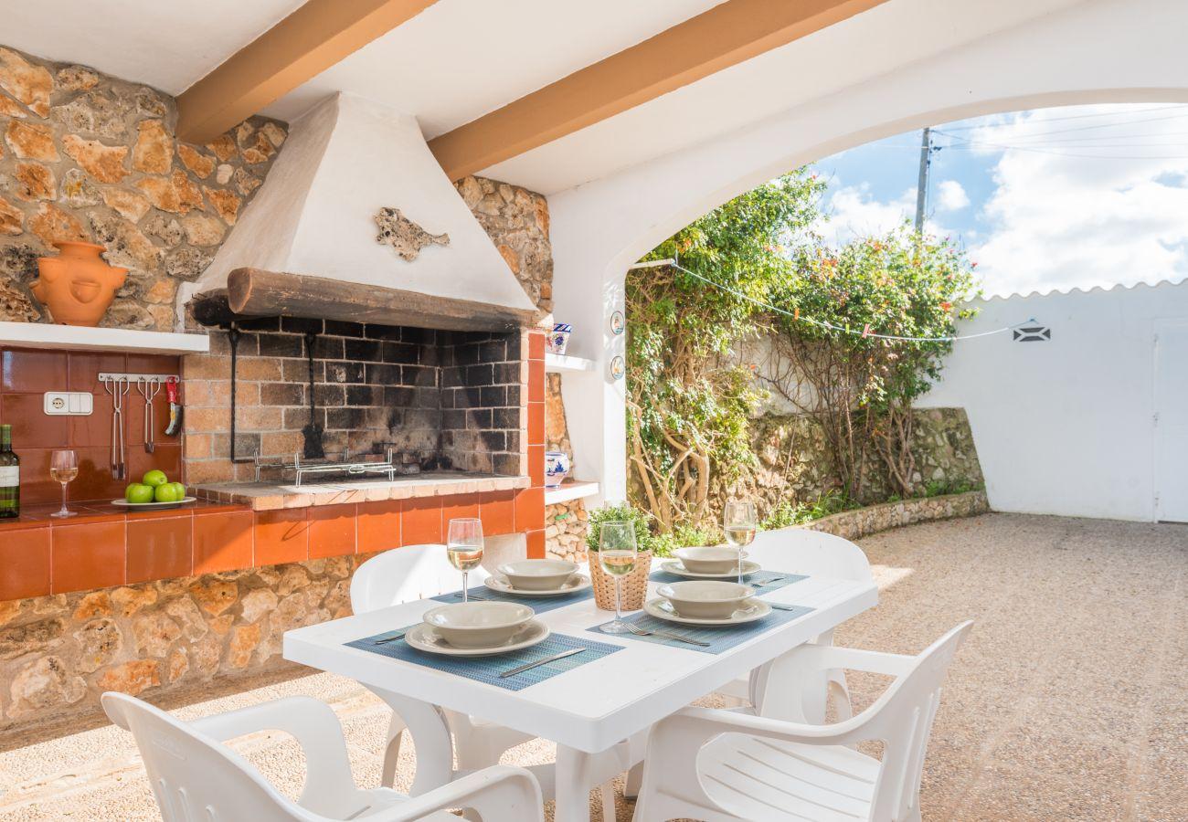 Barbecue on the outside terrace of the house Sa Canova