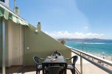 Apartment in Las Palmas de Gran Canaria - Front line with terrace +wifi by Canariasgetaway