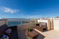 House in Las Palmas de Gran Canaria - Awesome 3 bedrooms front line terrace by canariasg