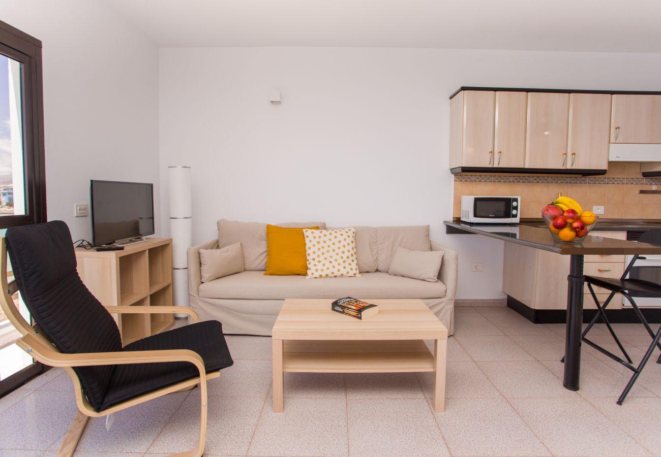 Apartment in Agüimes - Arinaga Colors - Yellow By CanariasGetaway